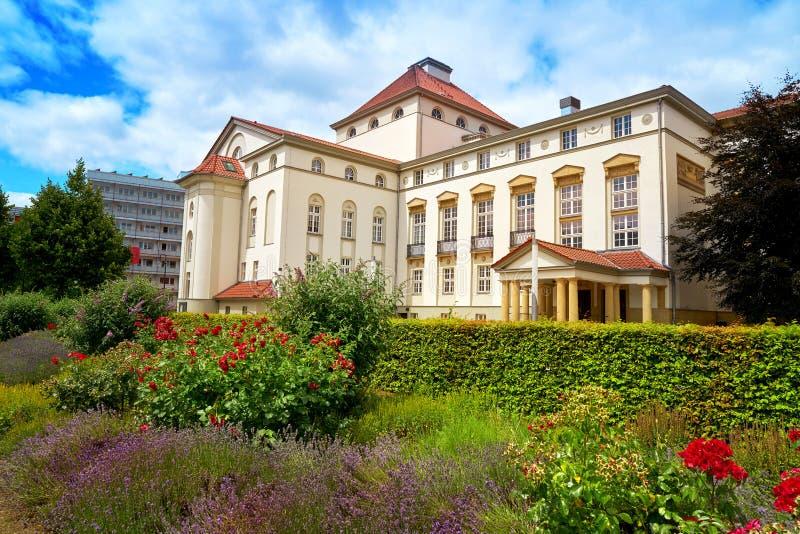 Teatro e jardim de Nordhausen em Harz Alemanha fotos de stock royalty free