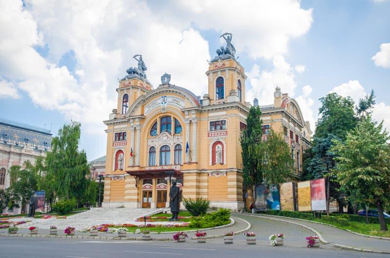 Teatro e teatro da ópera romenos nacionais em Cluj-Napoca imagens de stock