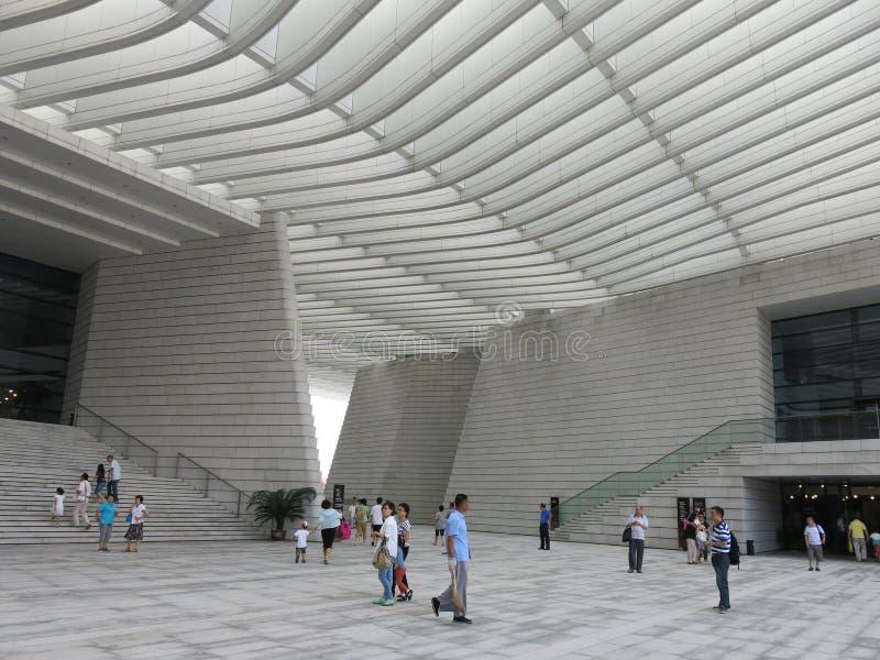 Teatro magnífico de Qingdao imagen de archivo
