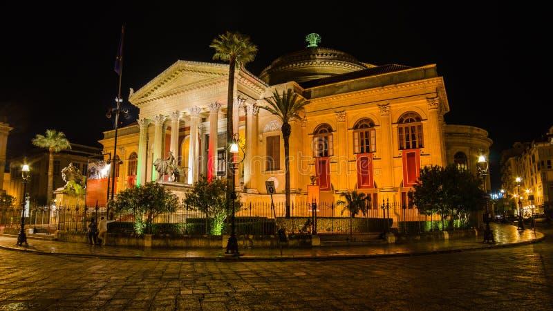 Teatro Massimo i Palermo, Sicilien arkivfoto
