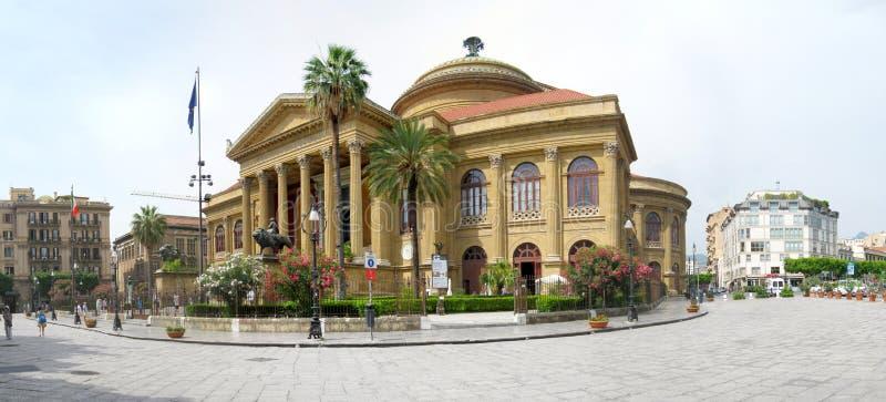 Teatro Massimo a Palermo, Italia fotografie stock