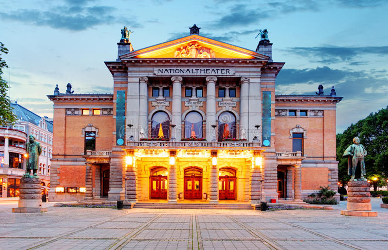 Teatro nacional de Oslo, Noruega fotografía de archivo libre de regalías