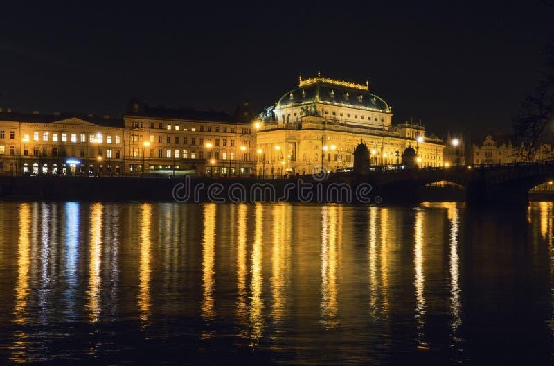 Teatro nacional em Praga imagem de stock