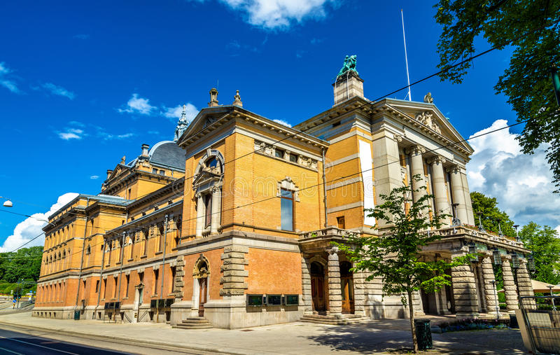 Teatro nacional en Oslo - Noruega imagen de archivo