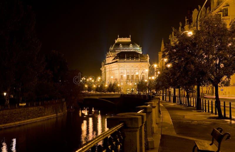 Teatro nazionale della notte di Praga fotografia stock libera da diritti