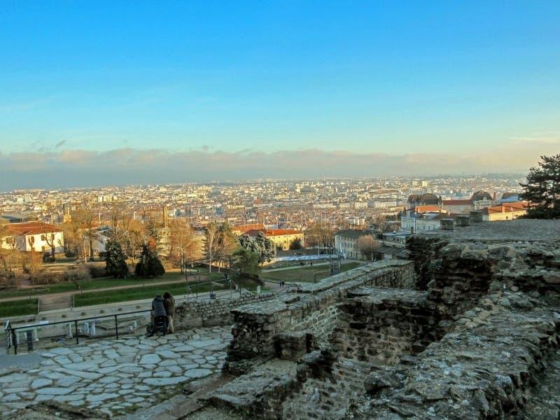 Teatro romano antiguo de la era de Fourviere y de Odeon en la colina de Fourviere en Lyon, Rhone-Alpes, Francia imágenes de archivo libres de regalías