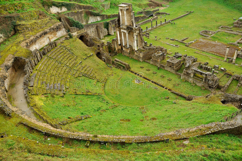 Teatro romano di Volterra fotografie stock