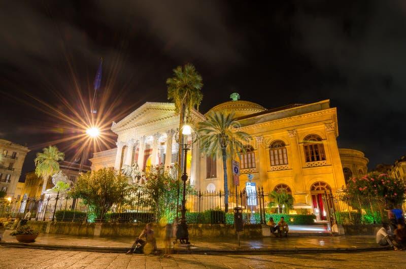 Teatroen Massimo Vittorio Emanuele i Palermo, Sicilien italy royaltyfria bilder
