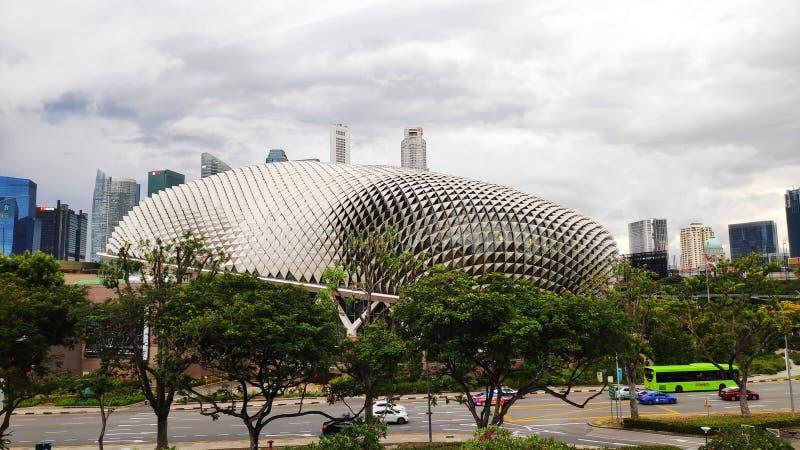 Teatros de la explanada en la bahía con la ciudad de Singapur fotografía de archivo libre de regalías