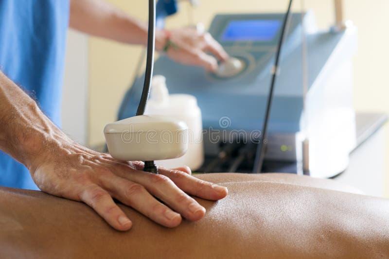 Tecartherapy-Massage lizenzfreies stockfoto