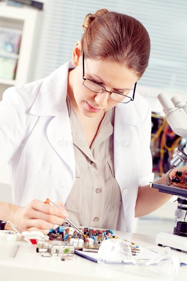 Technicien féminin images libres de droits