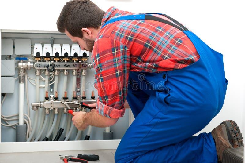 Technicus aan het werk stock afbeelding
