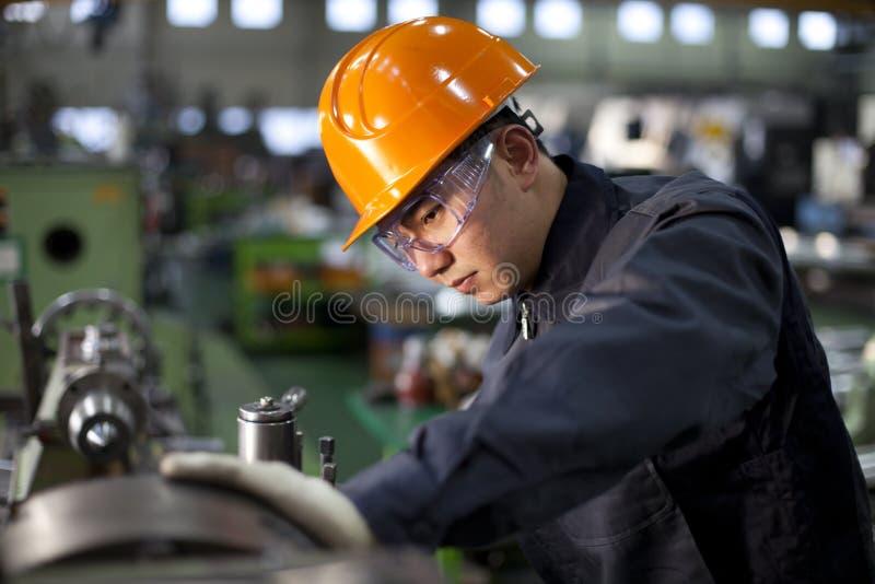 Techniker bei der Arbeit lizenzfreies stockfoto