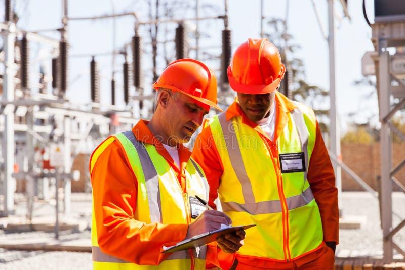 Techniker und Ingenieur stockfotografie