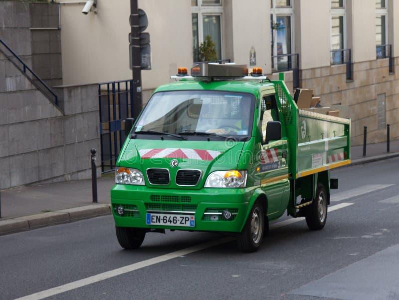 Technische auto van het stadhuis van Parijs, verwijdering van dimensionaal huisvuil stock foto