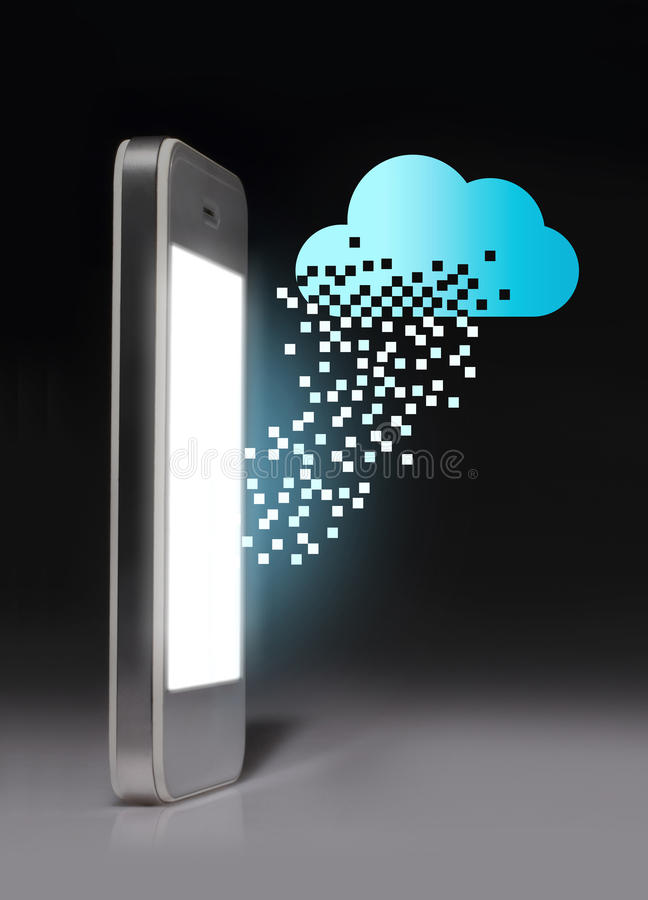Technologie informatique de nuage avec le smartphone sur le fond foncé photographie stock libre de droits