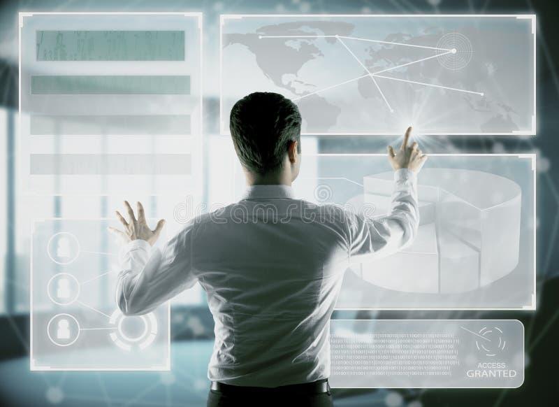 Technologie-, Innovations- und Analytikkonzept stockbilder
