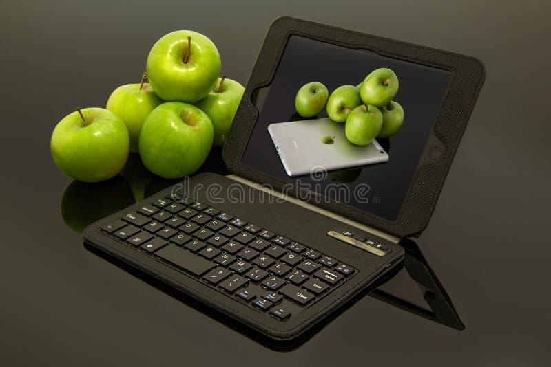 Technologie une d'image des sociétés les plus réussies du marché moderne : Apple images stock