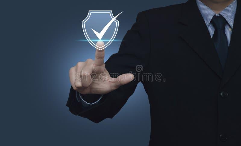 Technologiecomputer- und -internet-Internetsicherheit und Antivirus lizenzfreie stockfotos