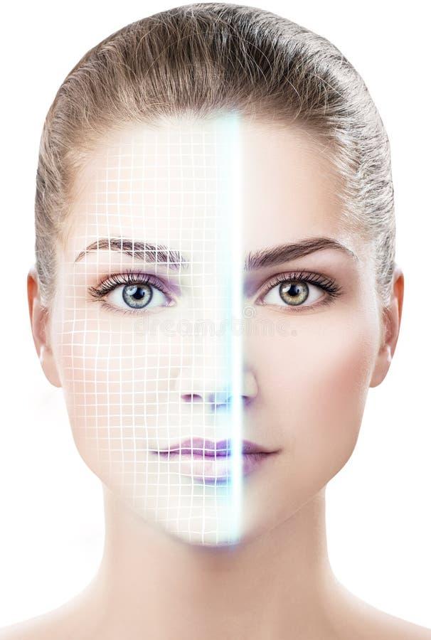 Technologisch aftasten van gezicht van jonge vrouw royalty-vrije stock afbeelding
