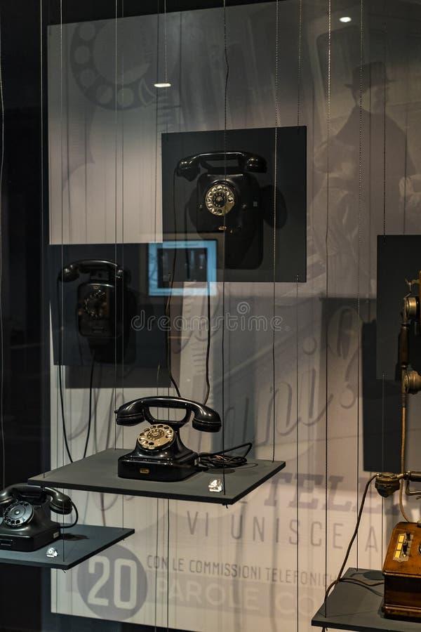 Technologisch Technisch die Museum na Leonardo Da Vinci Department, expositie wordt genoemd van de ontwikkeling van mededeling en royalty-vrije stock afbeeldingen