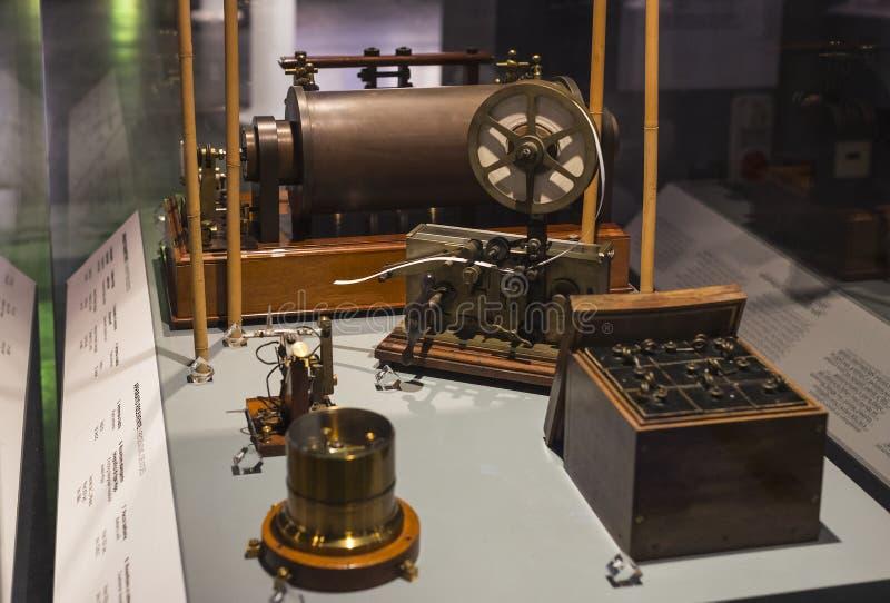Technologisch Technisch die Museum na Leonardo Da Vinci Department, expositie wordt genoemd van de ontwikkeling van mededeling en stock fotografie