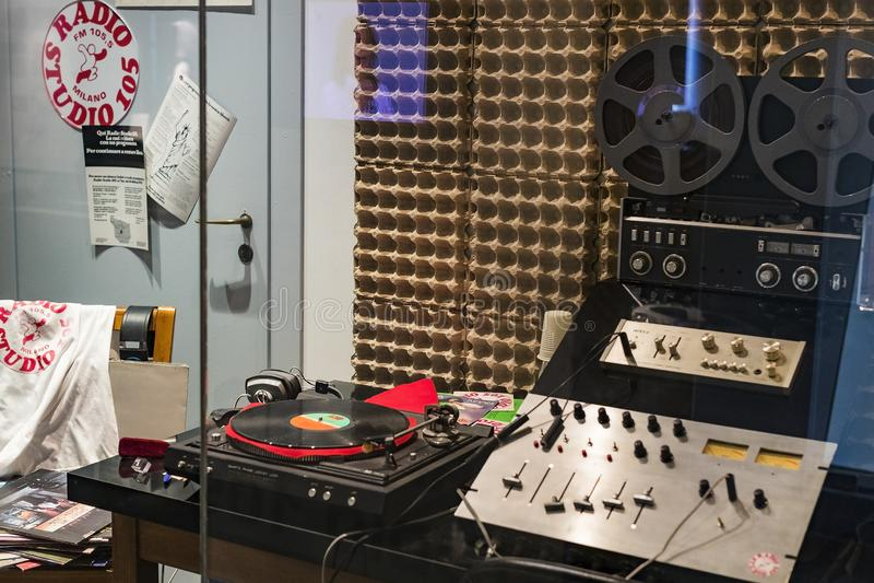 Technologisch Technisch die Museum na Leonardo Da Vinci Department, expositie wordt genoemd van de ontwikkeling van mededeling en royalty-vrije stock foto