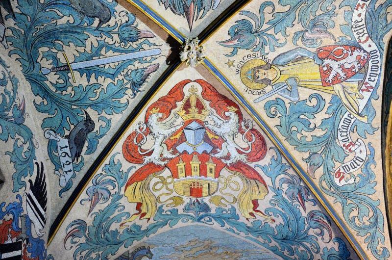 Techo adornado en el ayuntamiento viejo de Praga foto de archivo libre de regalías