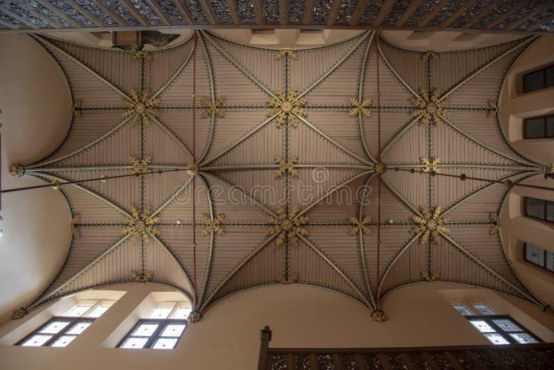 Techo del vestíbulo del castillo de Loppem Brujas fotos de archivo