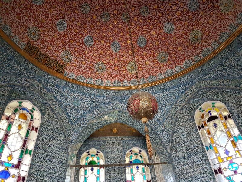 Techo en el palacio de Topkapi en Estambul imagenes de archivo