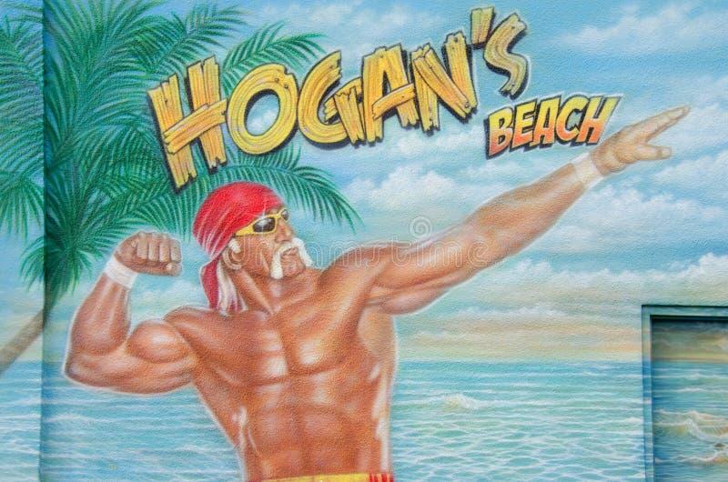 Tecken för för Hulk Hogan strandstång och restaurang fotografering för bildbyråer