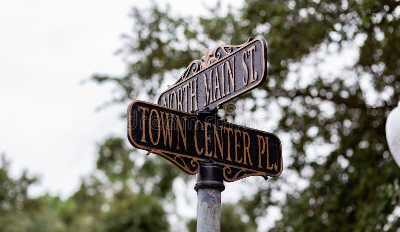 Tecken för gata för stadmitt fotografering för bildbyråer