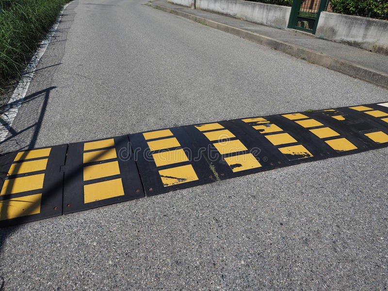 tecken för knöl för hastighetsbula arkivfoto