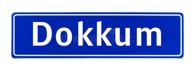 Tecken för stadsgräns av Dokkum, Nederländerna arkivbilder
