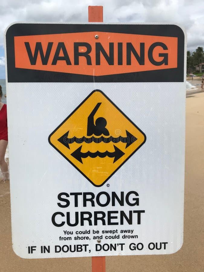 Tecken för stark ström för varning royaltyfria foton