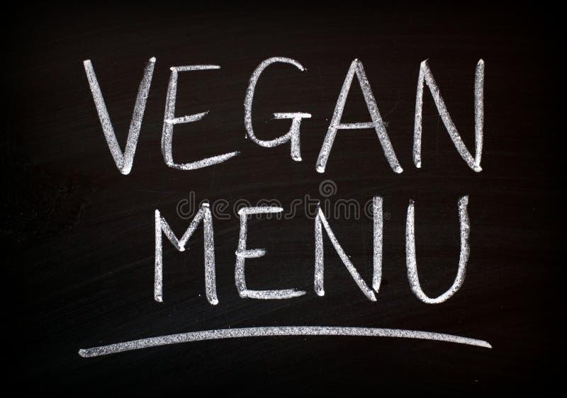 Tecken för strikt vegetarianmenysvart tavla arkivbild