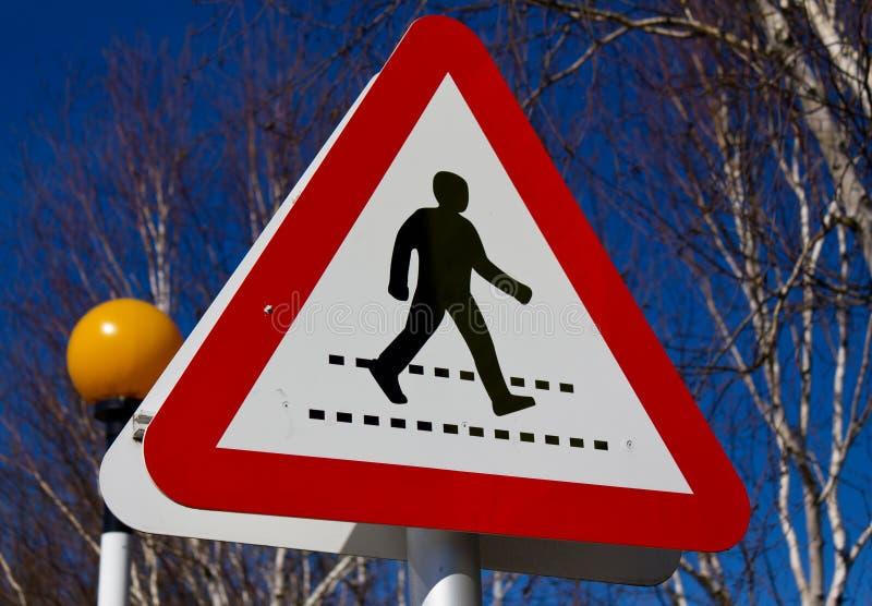Tecken för UK-vägtrafik, zebramarkering arkivfoto