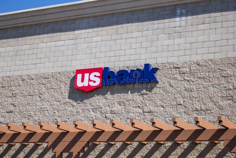 Tecken för USA-bankbyggnad royaltyfria bilder