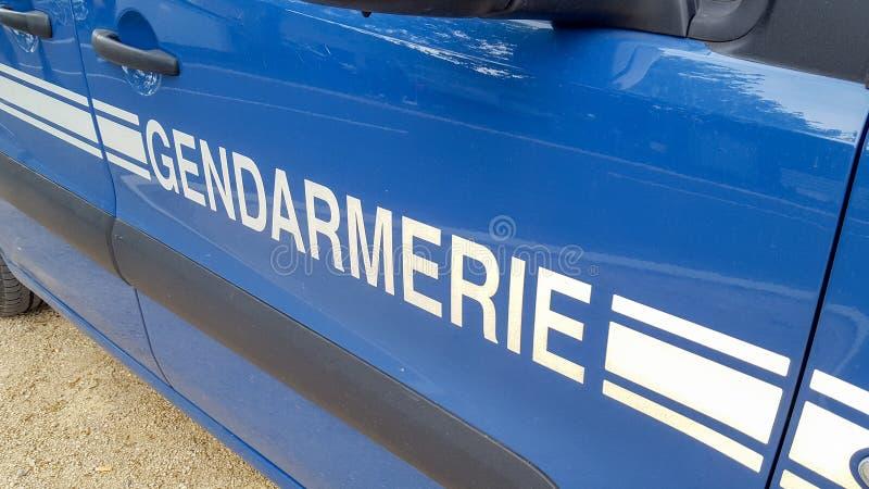 Tecken på polisen för nöd- medel för gendarmeribil den franska fotografering för bildbyråer
