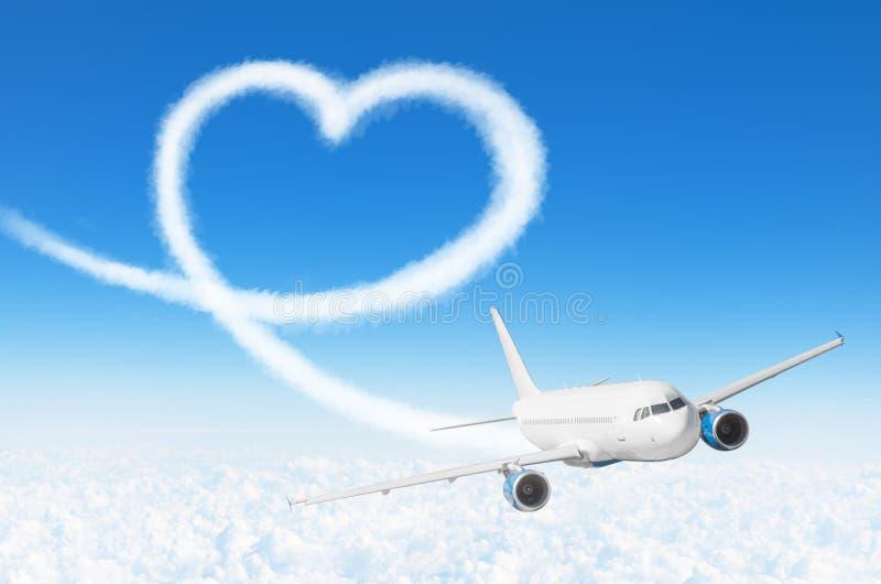 Teckning för förälskelsehjärtamoln med flygplanet Förälskelsebegrepp för att resa världen royaltyfria foton