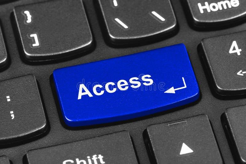 Teclado do caderno do computador com chave do acesso fotos de stock