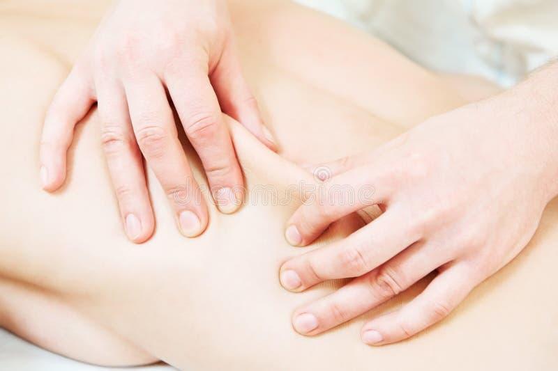 Tecnica manuale di massaggio terapeutico immagine stock