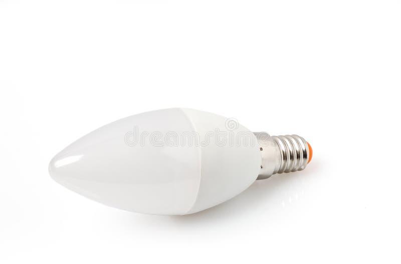 Tecnología de la bombilla del LED la nueva aislada en el fondo blanco, lámpara eléctrica ahorro de energía es buena para la ecolo imágenes de archivo libres de regalías