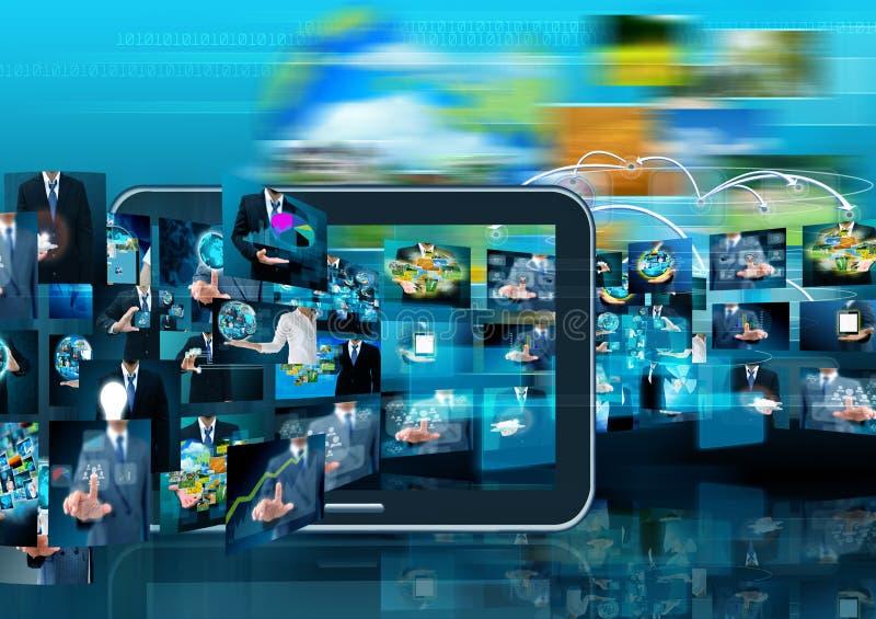 Tecnología de producción de la televisión y de Internet concentrada foto de archivo