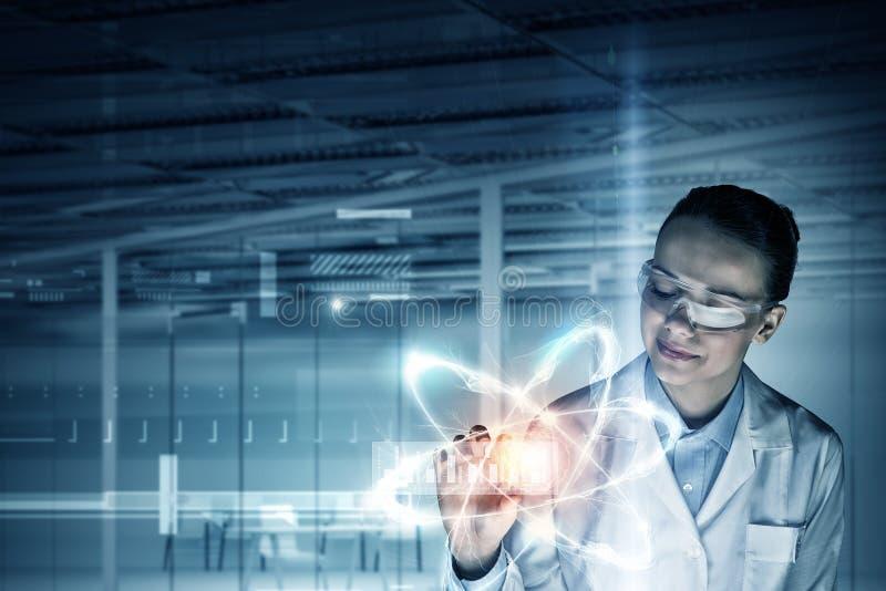 Tecnologías innovadoras en ciencia y medicina imagen de archivo