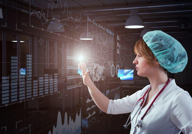 Tecnologías innovadoras en ciencia y medicina fotografía de archivo libre de regalías