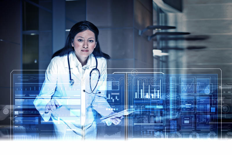 Tecnologías modernas en medicina fotografía de archivo libre de regalías