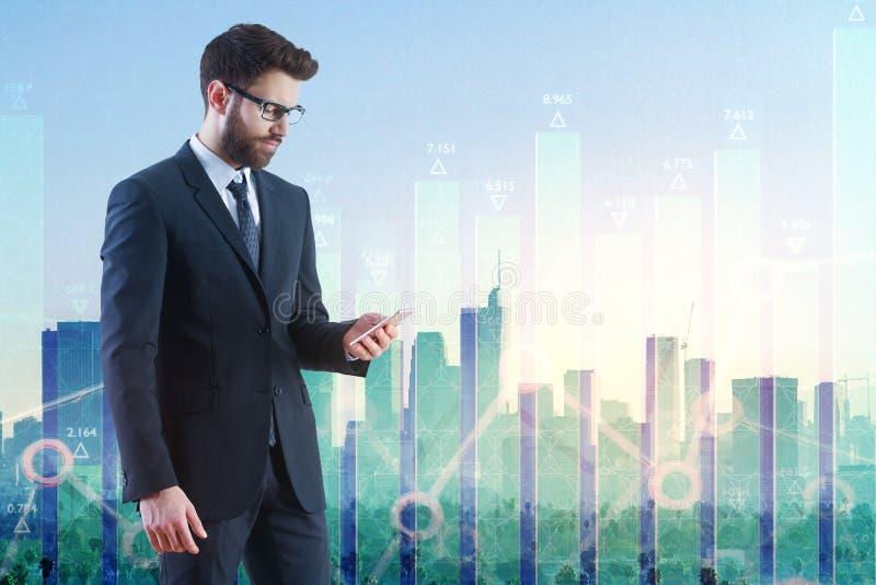 Tecnologia, conceito em linha da análise, da finança e do crescimento imagem de stock