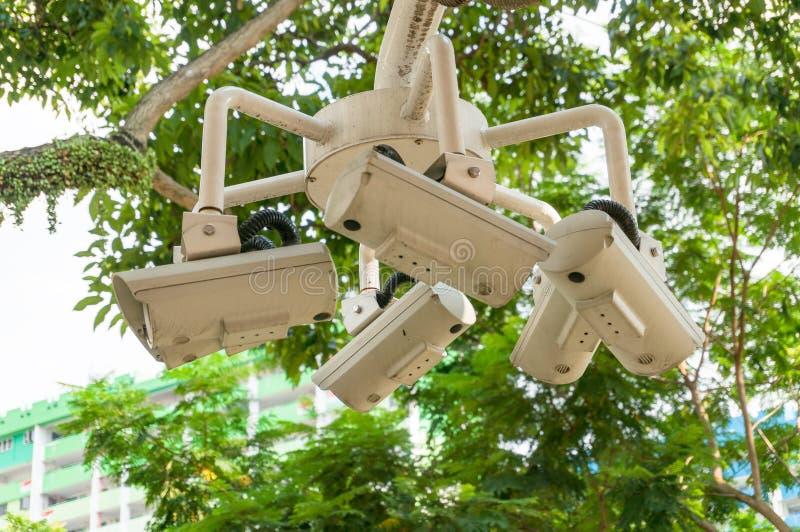 Tecnologia da câmara de vigilância do circuito, segurança video do CCTV estabelecida imagens de stock royalty free