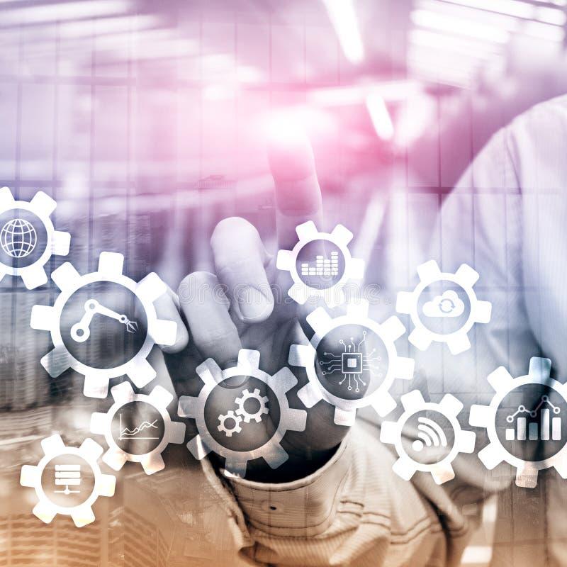 Tecnologia di automazione e concetto astuto di industria su fondo astratto vago Ingranaggi ed icone fotografia stock libera da diritti